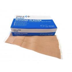 blauw wit doosje met letters en daarvoor een paar losse lange pleisters