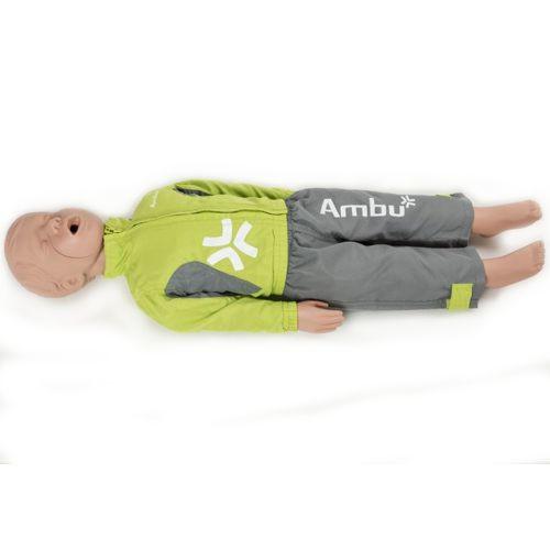 Ambu junior reanimatiepop liggend op de grond met groene en grijze kleding