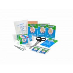 inhoud first aid kit basic op tafel